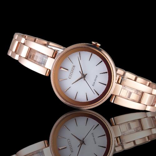 CITIZEN星辰現代風格光動能腕錶   EM0639-81A