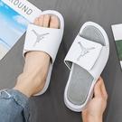 AJ拖鞋室外男士潮流aj6飛人喬丹涼拖2021新款ins純白運動夏季外穿 設計師