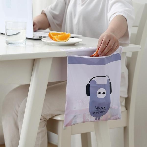 【BlueCat】一次性防水黏貼式垃圾袋 (1入) 車用垃圾袋 暈吐袋 收納袋 清潔袋 廚房