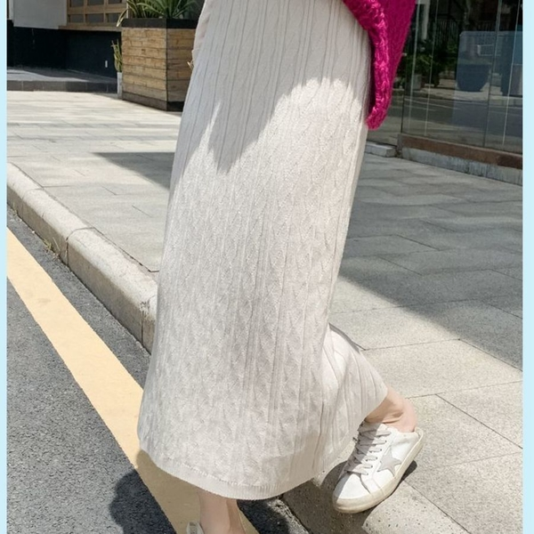 漂亮小媽咪 韓系 實拍 針織裙【SS9466】開叉 長裙 高腰 秋冬 包臀 半身裙 A字 坑條 毛衣裙