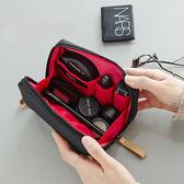 現貨出清 化妝包簡約韓國淑女迷你洗漱包防水小號便攜手拿隨身旅行收納包袋  居家物語 8-16