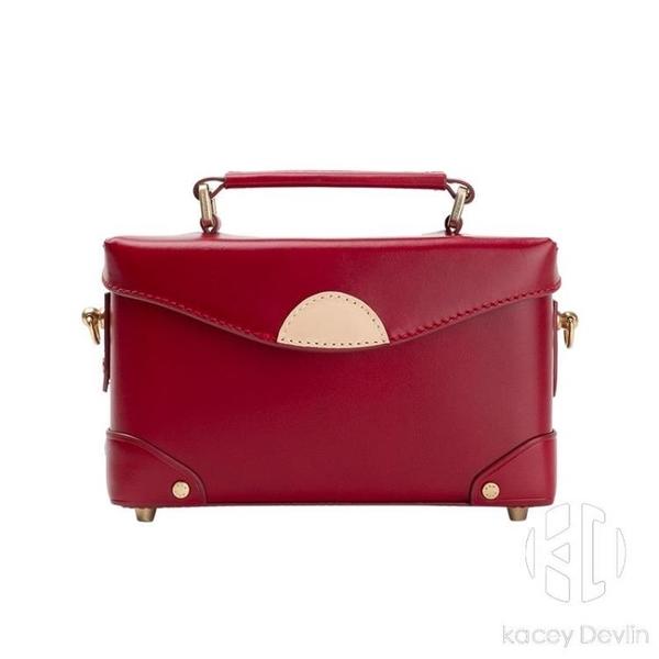 手工酒紅色小方包盒子包紅色包百搭斜挎小包真皮女包【Kacey Devlin】