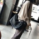 真皮側背包-休閒牛皮大容量斜背女肩背包2色73zu18[巴黎精品]