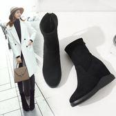 增高鞋 短靴女 新款韓版平底馬丁靴女黑色絨面坡跟短筒靴內增高棉鞋冬 韓菲兒