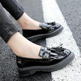 英倫流蘇復古小皮鞋 平底大碼鞋《小師妹》sm841