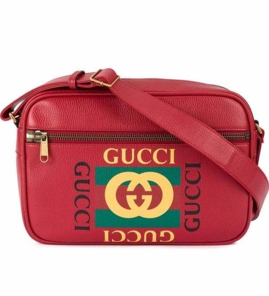 ■現貨在台■專櫃77折 ■全新真品Gucci 523589 Logo 圖紋印刷信使郵差斜背包 紅色