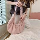 日系包包小眾設計2020春夏清新皺褶帆布包大容量餃子包女學生布袋 蘿莉新品