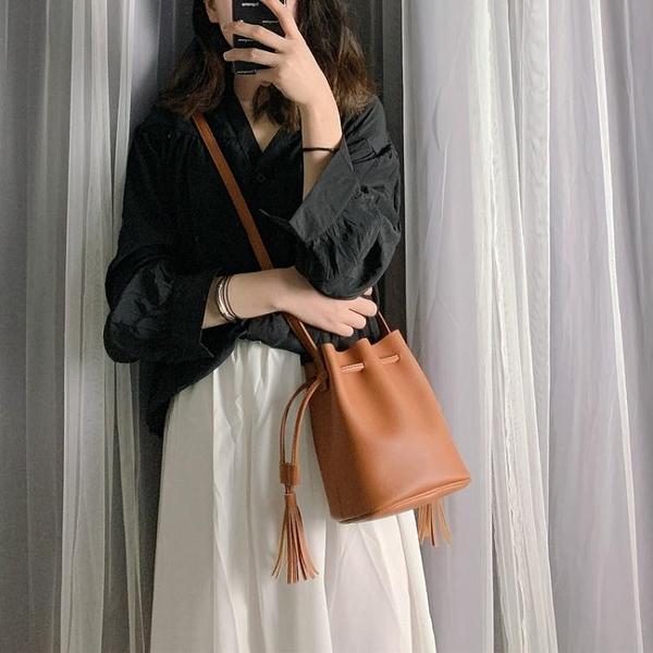 夏季小包包女新款潮韓版時尚洋氣單肩包簡約百搭水桶包斜背包 雙十二全館免運