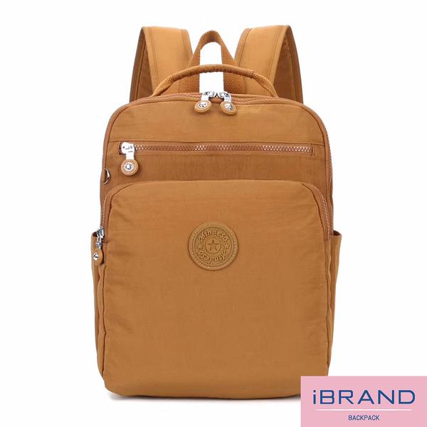 【i Brand】輕盈防潑水素色雙拉鍊尼龍後背包-土黃色 MDS-8612-土黃