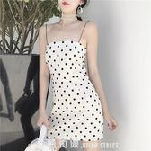 一字領洋裝裙子夏女2019新款修身顯瘦小清新吊帶裙抹胸裙復古黑白波點洋裝 「米蘭街頭」
