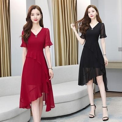 洋裝~9220#雪紡連身裙2020氣質女神范v領黑色不規則中長款H325胖妞衣櫥