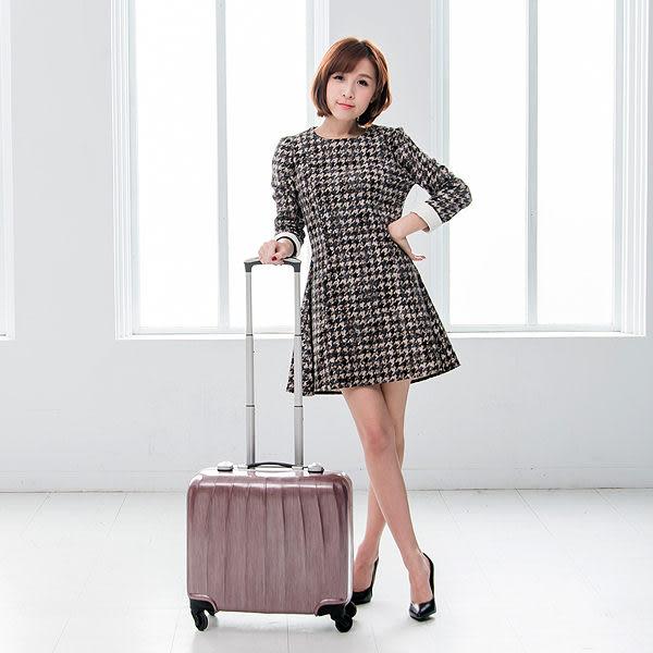 ALAIN DELON 亞蘭德倫 18吋  貴族拉絲鋁框行李箱 (銀紅)
