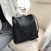 水桶包高級感洋氣包包女2020新款大容量簡約側背時尚質感百搭斜背水桶包 交換禮物