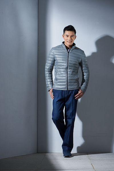 Emilio Valentino范倫鐵諾超輕暖立領羽絨外套(銀灰)