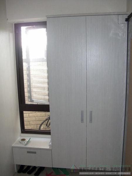 台中系統家具推薦/台中系統櫃/系統櫥櫃/台中空間設計/木工裝潢/系統窗邊置物櫃-sm0646