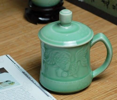 龍泉青瓷帶蓋水杯