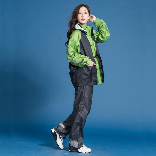 君邁雨衣,藏衫罩背背款,大人背包兩件式風雨衣,綠