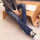 牛仔褲--完美細身袋口小碎花接布滾邊設計刷色微刷破小喇叭牛仔褲(S-7L)-N62眼圈熊中大尺碼