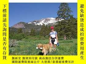 二手書博民逛書店Hiking罕見with Dogs, 2nd: Becoming a Wilderness-Wise Dog Ow