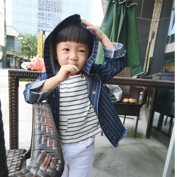 男童牛仔外套。ROUROU。春秋男童中小童牛仔條紋連帽外套 0313-069
