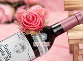 一定要幸福哦~~伴娘花(紅)、手腕花、酒瓶花