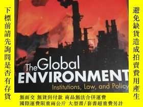 二手書博民逛書店The罕見Global Environment: Institu