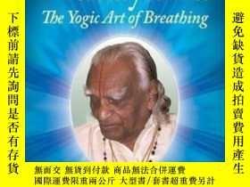 二手書博民逛書店Light罕見On Pranayama-輕按調息法Y436638 B. K. S. Iyengar The C