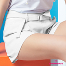 【SHOWCASE】俏麗前褶雙口袋腰反褶寬口短褲(白)