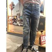 Levis 男款 上寬下窄 / 512 Taper 低腰修身牛仔長褲 / 彈性布料 / 刷白
