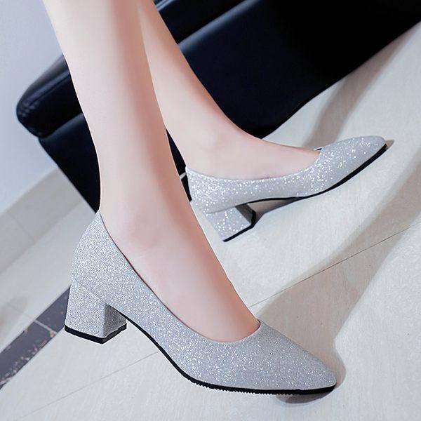 粗跟單鞋女2019新款秋四季亮片瓢鞋銀色婚鞋中跟尖頭高跟鞋工作鞋