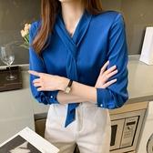 長袖藍色襯衫女設計感小眾飄帶醋酸緞面白色襯衣時尚長袖雪紡上衣秋季T528韓衣裳