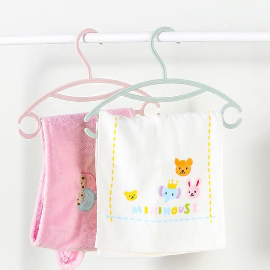 ✭慢思行✭ 【N290】兒童服飾專用衣架(單入) 素色 塑料 嬰兒服 晾衣架 寶寶 掛勾 防滑