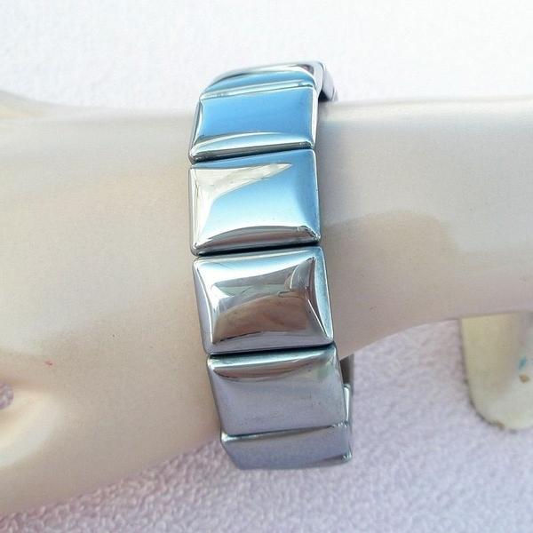 【歡喜心珠寶】【人造鈦赫茲能量手排】20x15mm14板.重53g「附保証書」日本最流行的能量手鍊