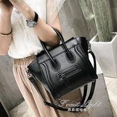 新款韓版復古撞色手提包歐美囧臉包囧包笑臉包純色休閒女包 果果輕時尚