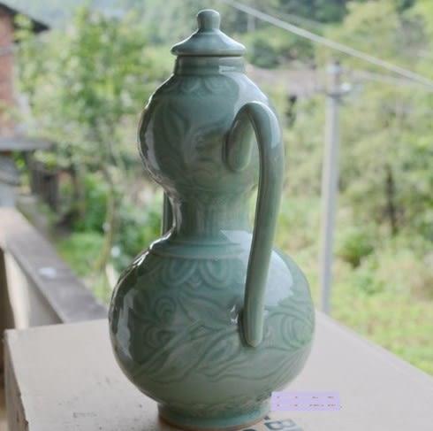 [協貿國際]  青瓷葫蘆壺飾品酒壺居家擺件 (1入)