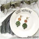 『坂井.亞希子』手作質樸優雅簡約木製葉子雙色造型耳環