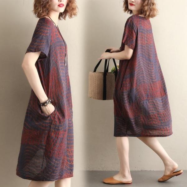 洋裝 連身裙 大碼女裝遮肚子洋裝減齡夏季新款胖女人洋氣寬鬆短袖遮肉中長裙