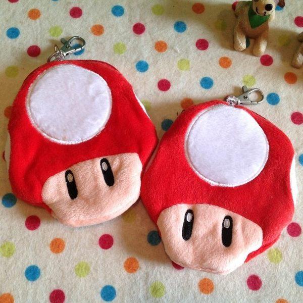 【發現。好貨】【出清特價$99】超級瑪莉 馬力歐紅蘑菇自動伸縮卡套  吊飾 零錢包 收納包