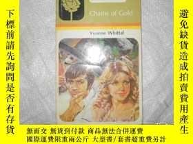 二手書博民逛書店Chains罕見of GoldY171502