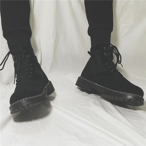 馬丁靴男增高黑色中筒休閒靴子韓版複古皮靴高筒工裝英倫潮流男鞋