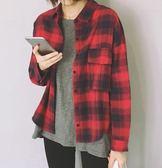 EASON SHOP(GU6011)格子長袖襯衫格紋外套落肩翻蓋小口袋翻領女上衣服春夏裝韓版寬鬆黑白格紅藍格