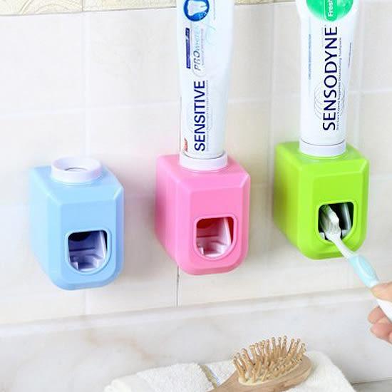 ♚MY COLOR♚黏貼式自動擠牙膏器 洗漱 衛浴 手動 創意 節約 居家 刷牙 定量 環保 可拆洗【R79】