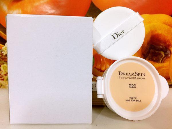 Dior 迪奧夢幻美肌氣墊粉蕊15g (粉蕊012+粉撲) (百貨公司專櫃正貨白盒裝) 色號: 012