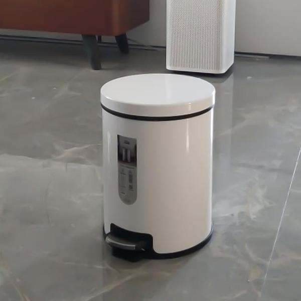 不銹鋼垃圾桶腳踏式廁所創意家用衛生間廚房客廳腳踩帶蓋【輕奢時代】