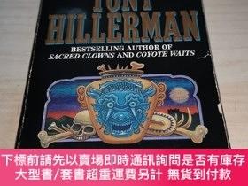 二手書博民逛書店Finding罕見Moon Tony HillermanY211464 Tony Hillerman Harp