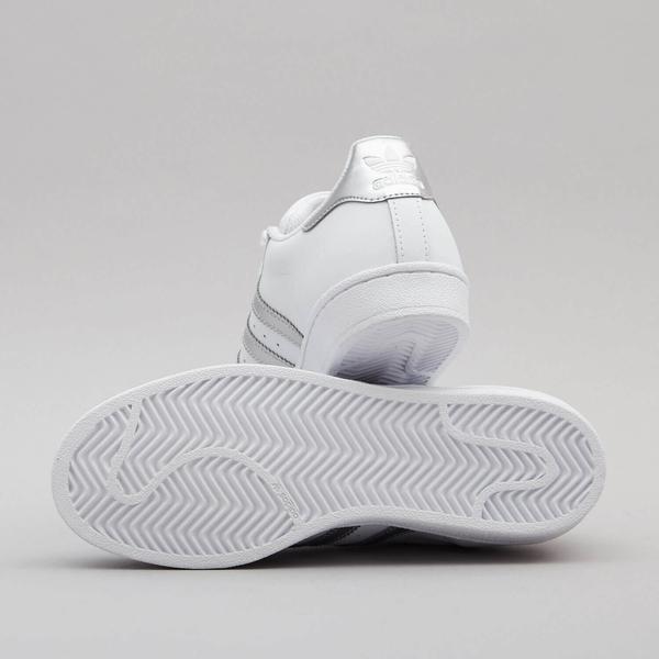 【GT】Adidas Originals Superstar 白銀 女鞋 低筒 板鞋 運動鞋 慢跑鞋 休閒鞋 經典款 貝殼頭 AQ3091