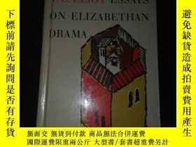 二手書博民逛書店Essays罕見on Elizabethan Drama【伊麗莎