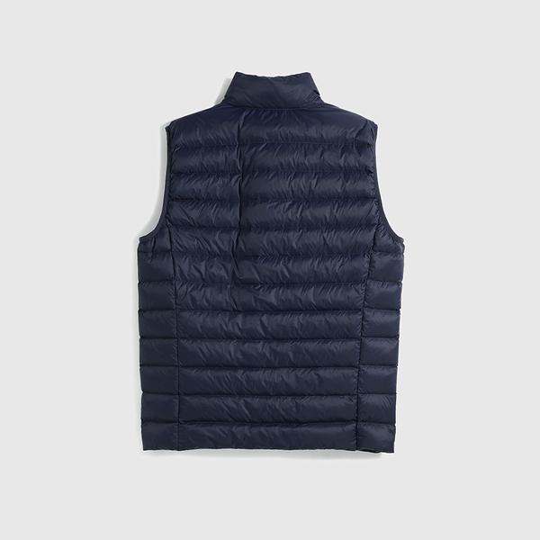 Gap男裝 輕薄款絎縫式半高領羽絨背心 595831-海軍藍