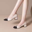手工真皮大尺碼女鞋34-43 2020新款歐美優雅頭層粒面牛皮拼接方頭淺口中跟鞋 OL工作鞋 通勤鞋~2色