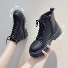 短靴 黑色顯腳小馬丁靴女夏季薄款潮ins英倫風網紅瘦瘦短靴子 晶彩 99免運